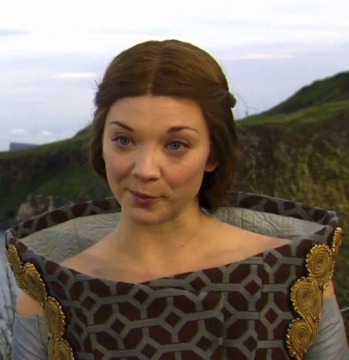 Margaery-Tyrell-house-baratheon-29805192-697-719-11