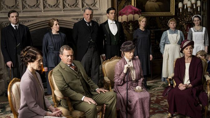 DowntonSeries5groupshot