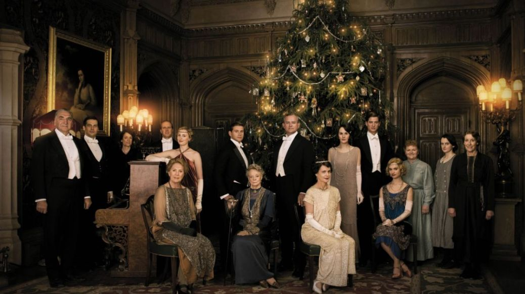 Downton_Abbey_Christmas_special__first_pictures group