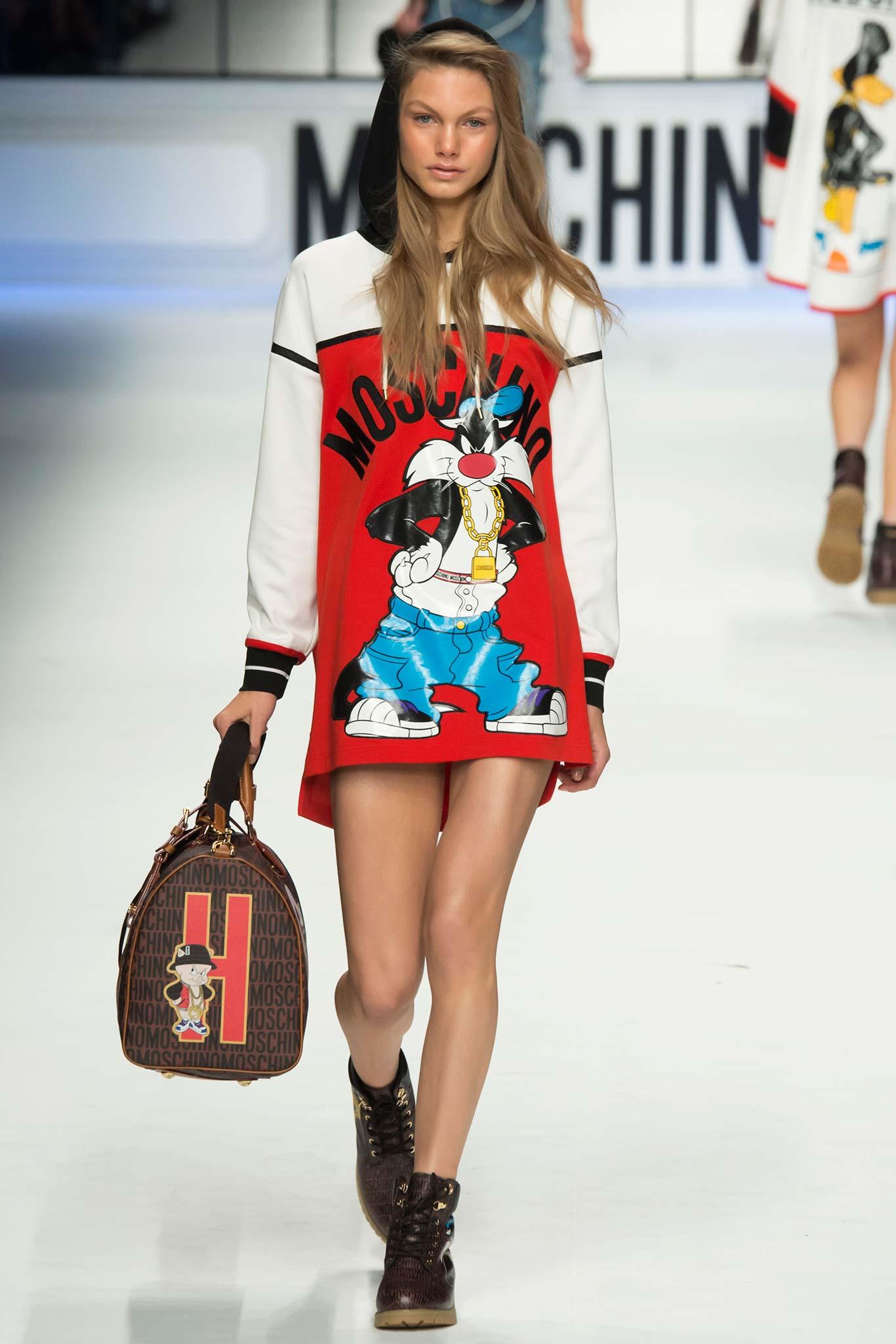 Moschino Fall Winter 2014 15 Women S Collection: Milan Fashion Week Fall 2015 RTW: Moschino
