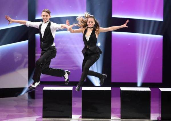 SO YOU THINK YOU CAN DANCE: Top 4 contestant Hailee Payne (R) and all-star Marko Germar (L) perform a Jazz routine choreographed by Ray Leeper on SO YOU THINK YOU CAN DANCE airing Monday, September 7 (8:00-10:00 PM ET live/PT tape-delayed) on FOX. ©2015 FOX Broadcasting Co. Cr: Michael Becker