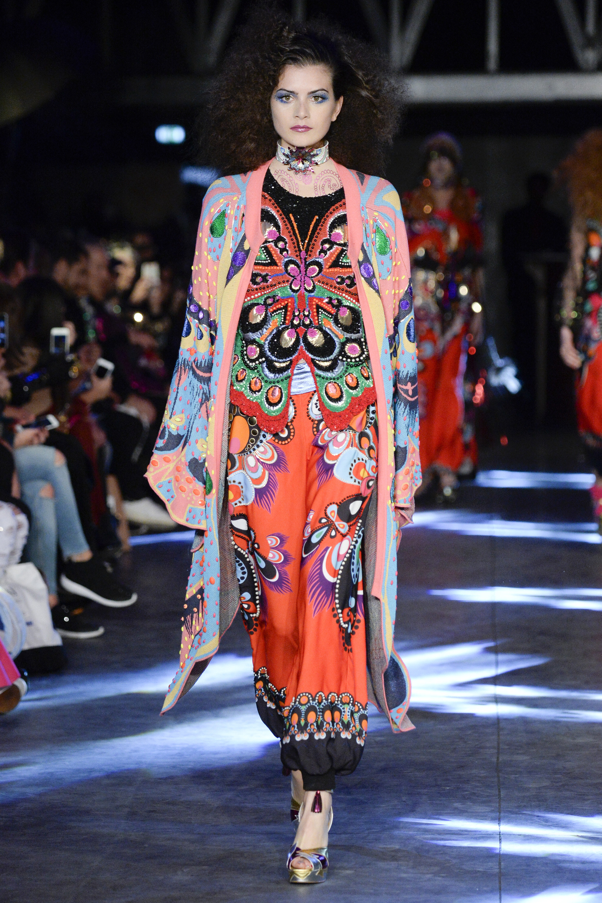 Paris Fashion Week Spring 2016: Manish Arora – Anibundel