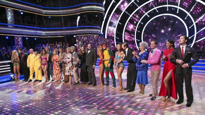 """DANCING WITH THE STARS - """"Episode 2103"""" - Host of """"America's Funniest Home Videos"""" and Season 19 Mirrorball Champion, Alfonso Ribeiro, returned to the ballroom for a special TV Night themed episode of """"Dancing with the Stars"""" LIVE on MONDAY, SEPTEMBER 28 (8:00-10:01 p.m., ET) on the ABC Television Network. Taking part in the celebration, Kermit the Frog, Miss Piggy, The Great Gonzo, Pepé the King Prawn, and other Muppets kicked off the evening followed by a huge opening number featuring the cast of """"Dancing with the Stars."""" The night continued when each couple performed an all-new routine to a theme song that commemorates iconic television throughout history, from """"Breaking Bad"""" to """"I Dream of Jeanie"""" and beyond. At the end of the night, the couple with the lowest combined judges and viewer votes from Tuesday, September 22 was eliminated. (ABC/Adam Taylor) LINDSAY ARNOLD, ALEK SKARLATOS, MARK BALLAS, ALEXA PENAVEGA, ALLISON HOLKER, ANDY GRAMMER, BINDI IRWIN, DEREK HOUGH, WITNEY CARSON, CARLOS PENAVEGA, ANNA TREBUNSKAYA, GARY BUSEY, EMMA SLATER, HAYES GRIER, SHARNA BURGESS, NICK CARTER, PAULA DEEN, LOUIS VAN AMSTEL, TAMAR BRAXTON, VALENTIN CHMERKOVSKIY"""