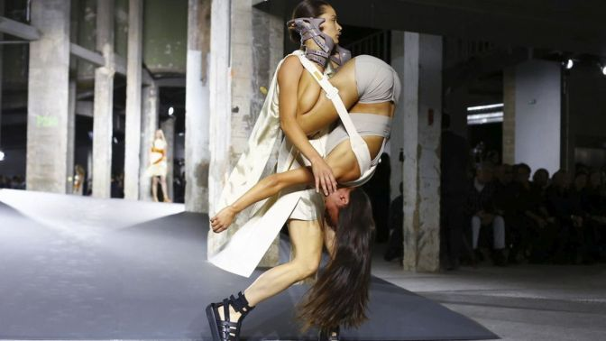Rick-Owens-Fashion Show Ready to Wear Collection Spring Summer 2016 in Paris