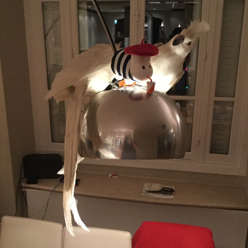 19 Decorative lamp