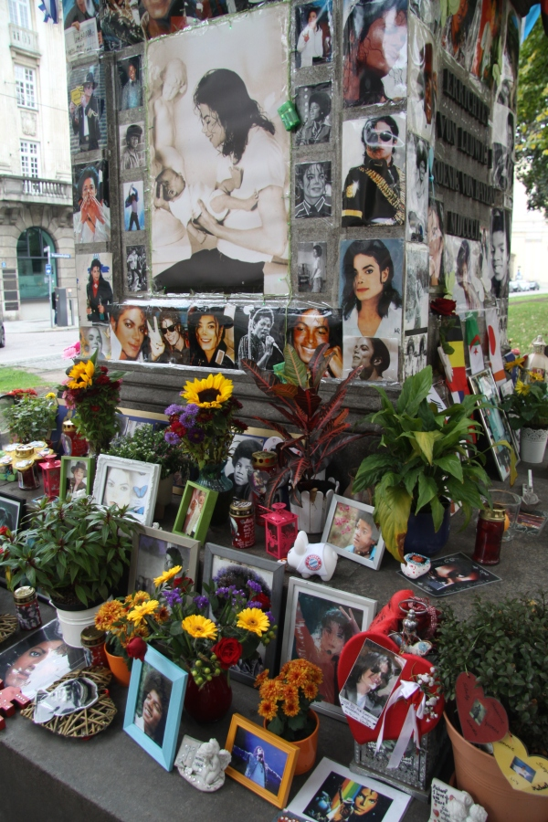 Munich-Michael Jackson Memorial 2
