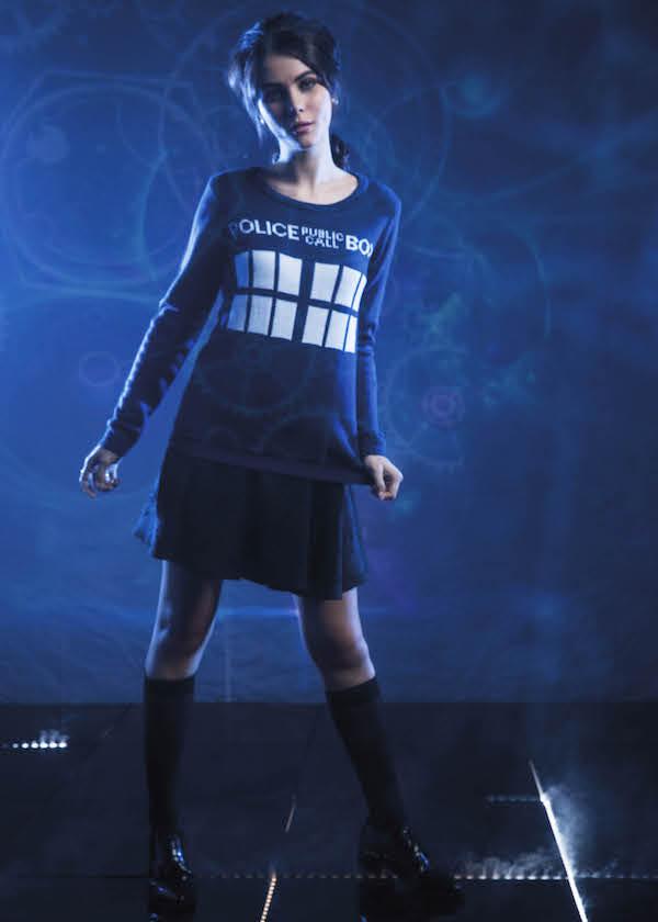 Doctor-Who-TARDIS-Knit