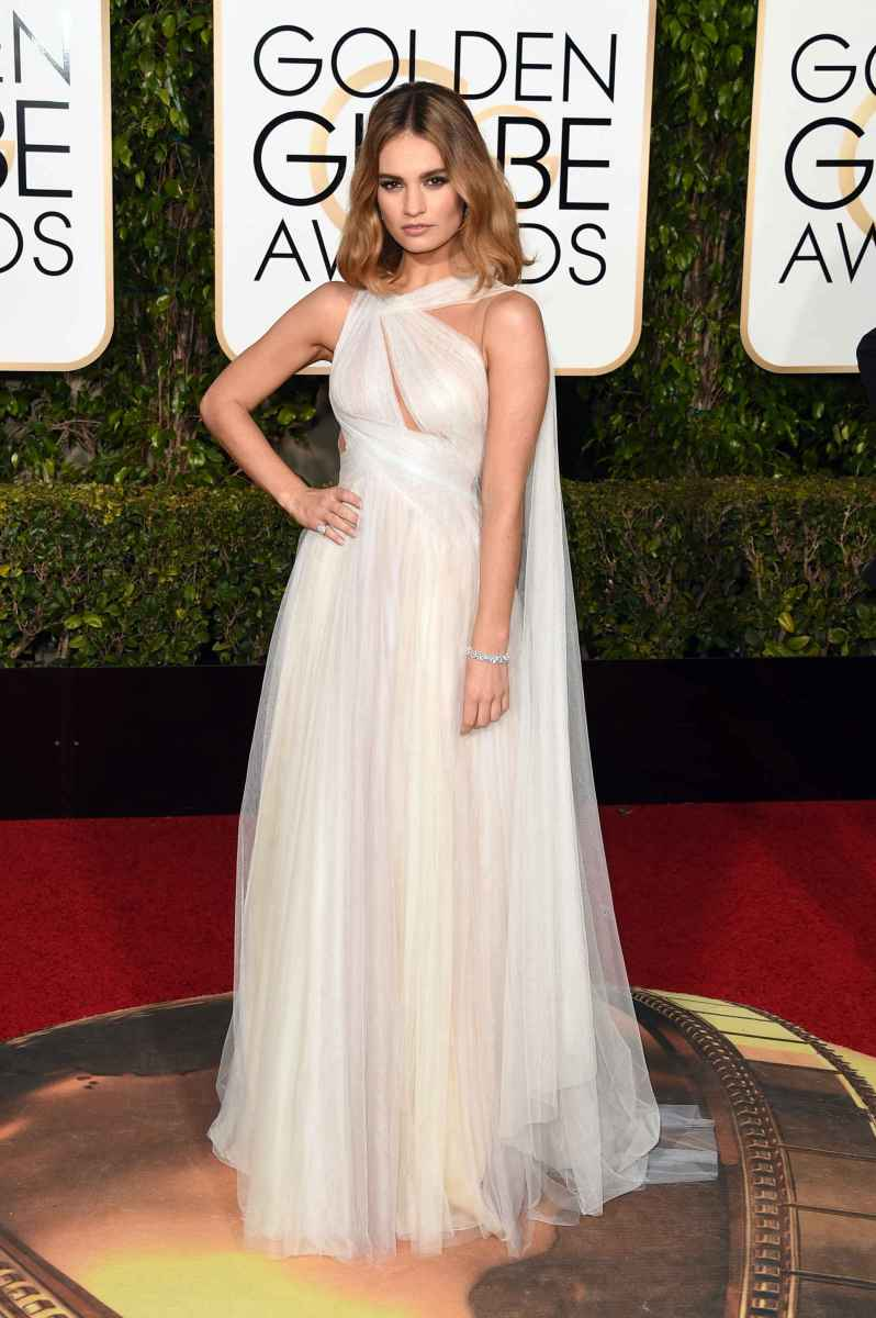 14 lily-james-in-marchesa