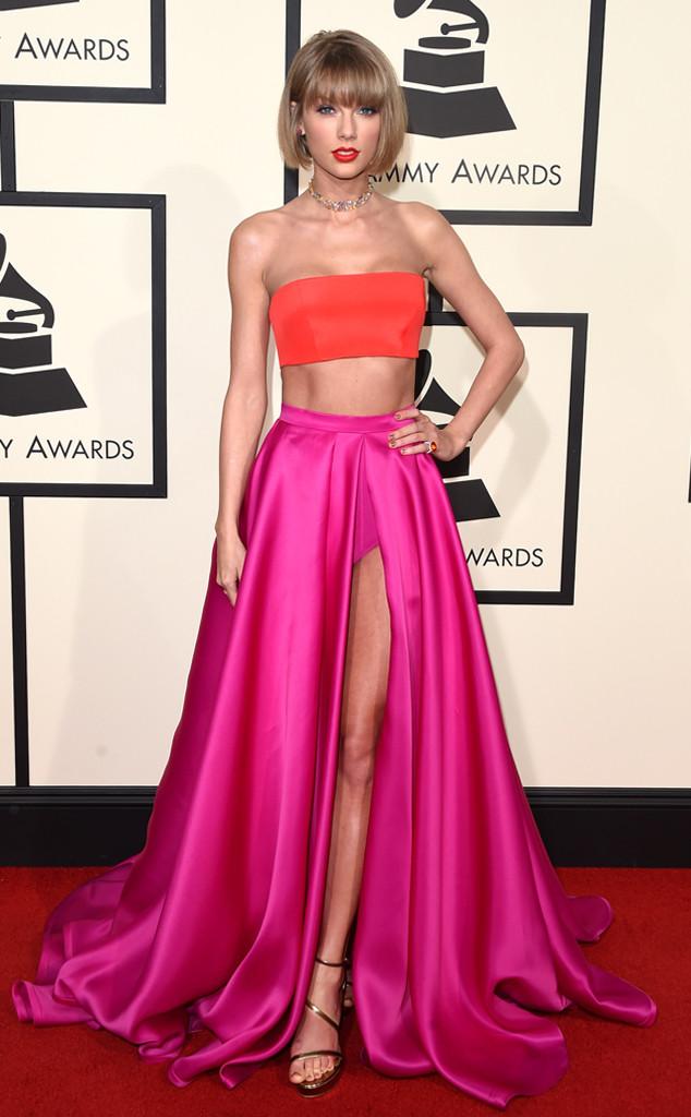 40 Taylor-swift In Atelier Versace