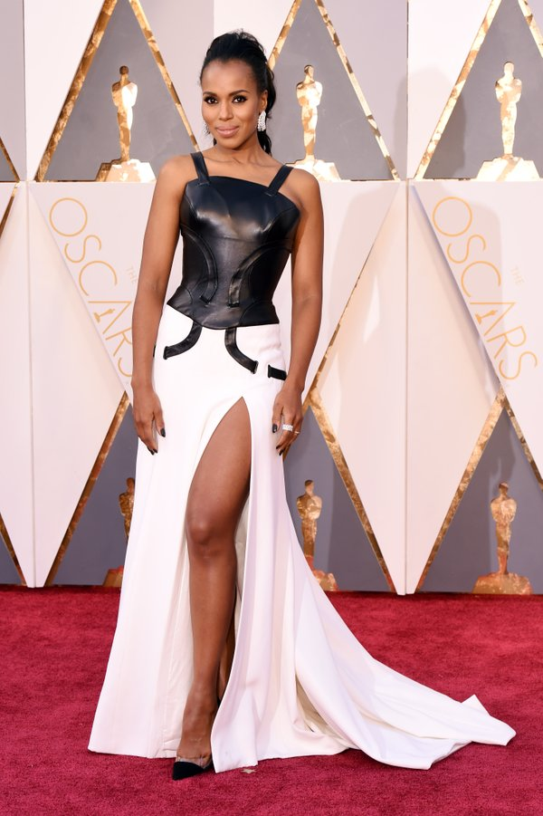 9 kerry-washington-in-versace