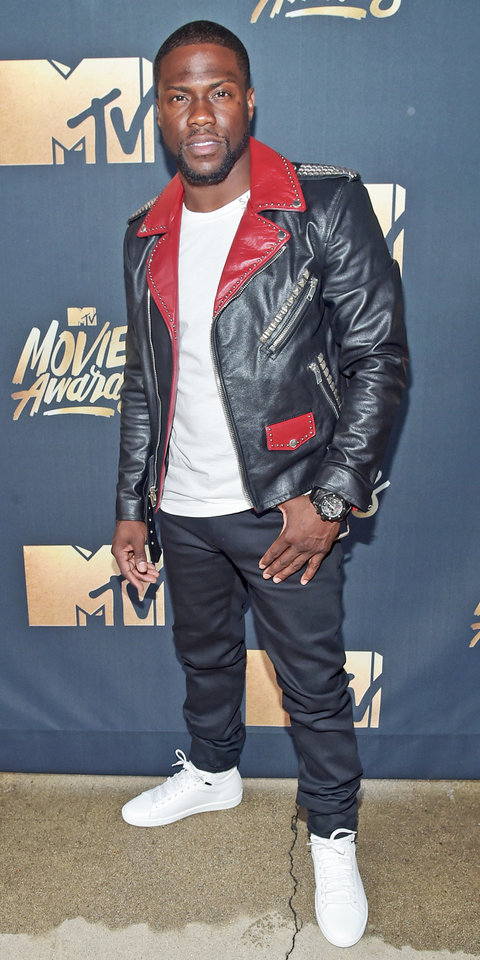 BURBANK, CALIFORNIA - APRIL 09:  (EXCLUSIVE ACCESS, SPECIAL RATES APPLY) Host Kevin Hart  attends the 2016 MTV Movie Awards at Warner Bros. Studios on April 9, 2016 in Burbank, California.  MTV Movie Awards airs April 10, 2016 at 8pm ET/PT.  (Photo by Alberto Rodriguez/MTV1415/Getty Images for MTV)