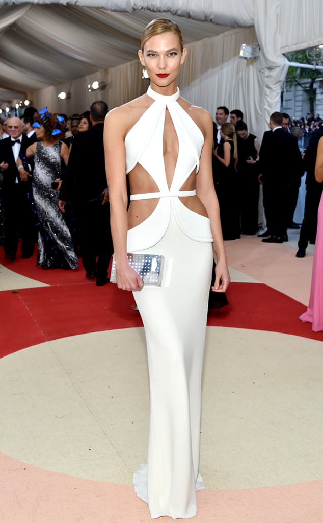 1 Karlie-kloss In Brandon Maxwell
