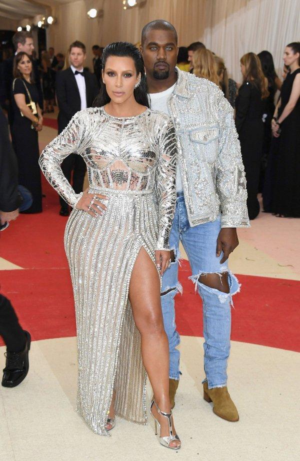35 Kim-kardashian In Balmain