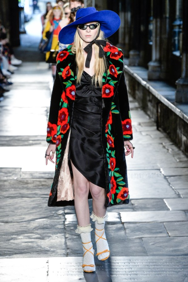 gucci_resort_2017_02