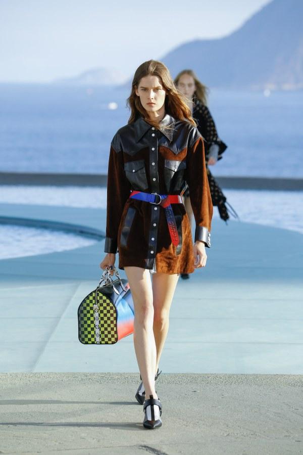Louis Vuitton R17 14