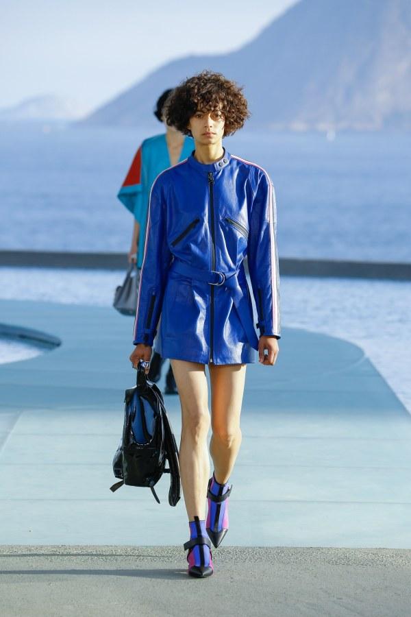 Louis Vuitton R17 19