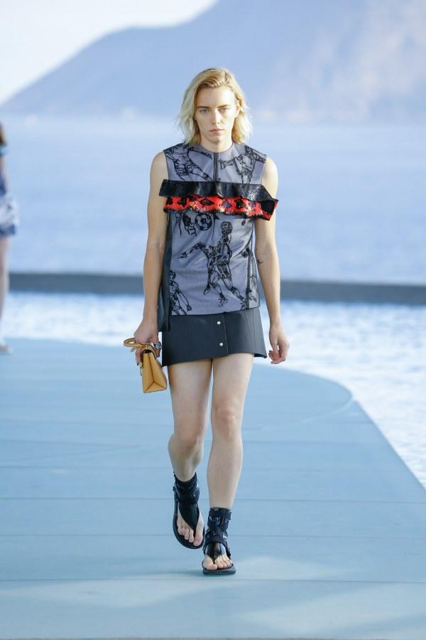 Louis Vuitton R17 42