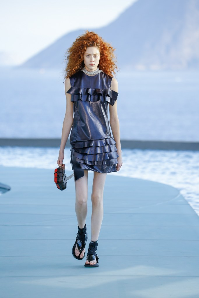 Louis Vuitton R17 47