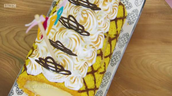 Tamal's Passion Fruit&Pineapple Ice Cream Roll